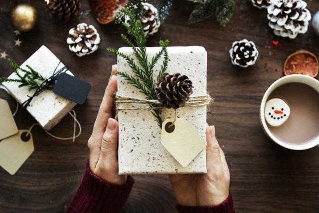 Удерживаются ли алименты с подарков и дарение в счет уплаты алиментных платежей