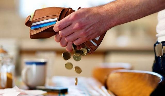 Как выплачивать задолженность по алиментам и взыскать неустойку, если долг погашен?